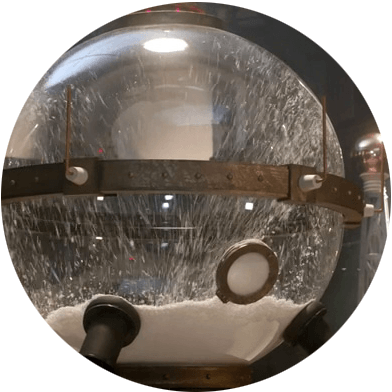 GreatIntelligenceSnowGlobe-in-TheSnowmen_doctor_who_geekster_round
